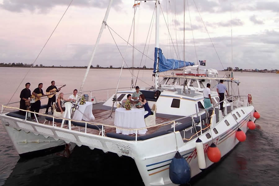 Bali Hai Cruises - Villa Bugis