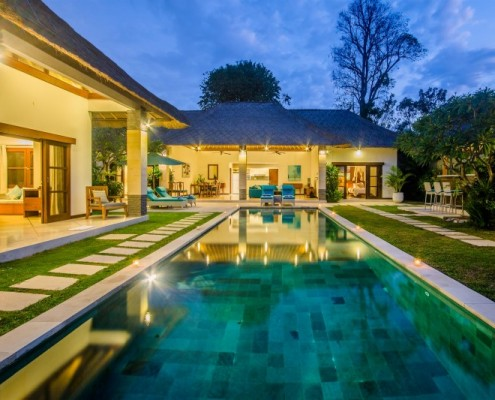 6 bedroom villa Seminyak