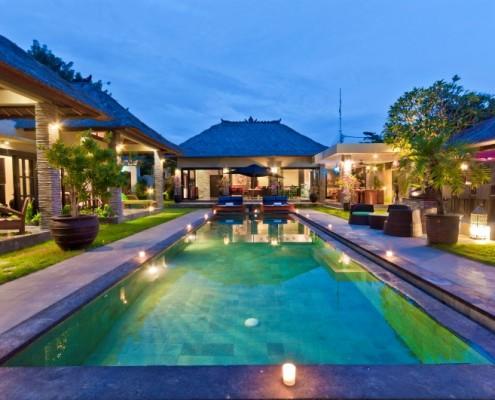 Villa Mahkota, 4 bedroom villa Seminyak