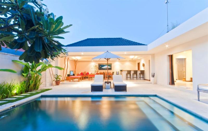 Seminyak Villas  Bali Villas Seminyak  Bvillas spa pool