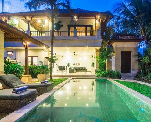 Private villas Bali Seminyak