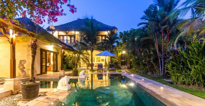 3 bedroom villa Seminyak - Villa Arjuna